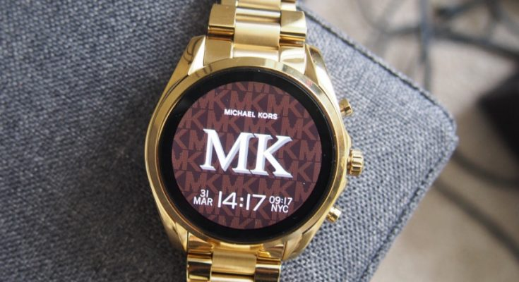 michael-kors-bradshaw-2-review